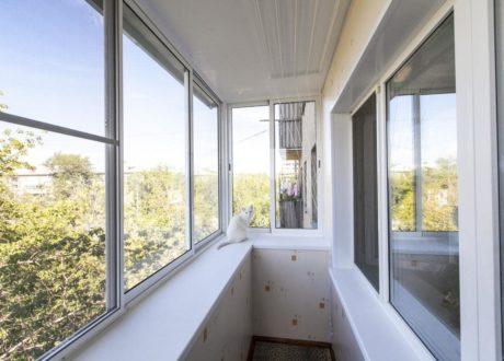 Холодное остекление балкона в Солнечногорске