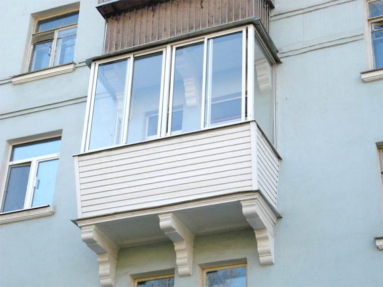 Остекление балконов в Истре