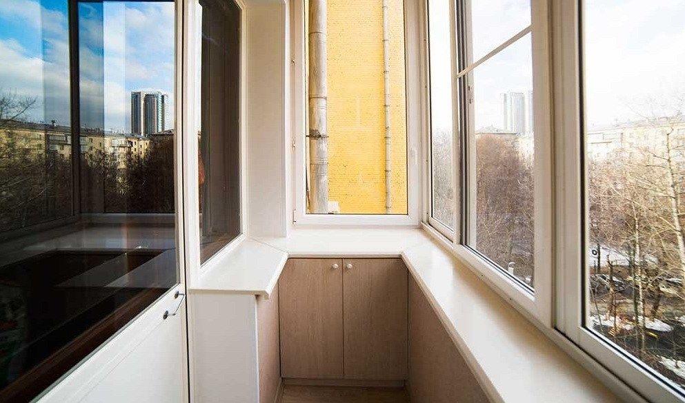 Теплое остекление балконов и лоджий в Солнечногорске