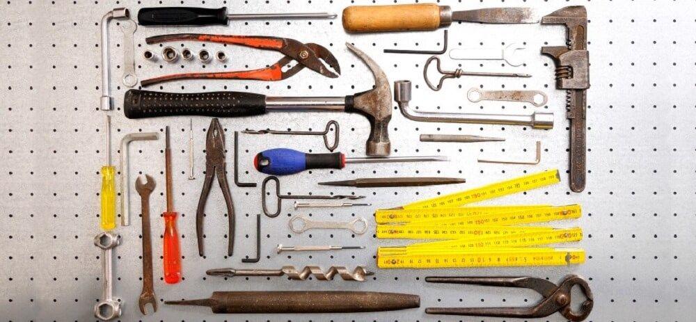 Инструменты для демонтажа окна