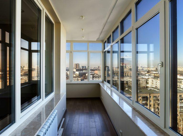 Остекление окон и балконов в Долгопрудном