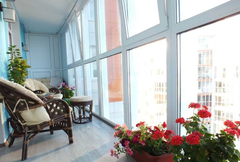 Остекление балкона в Химках