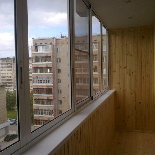 Холодное остекление балконов и лоджий в Красногорске