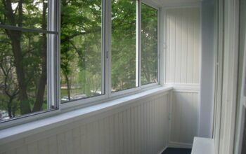 Холодное остекление балконов и лоджий в Митино
