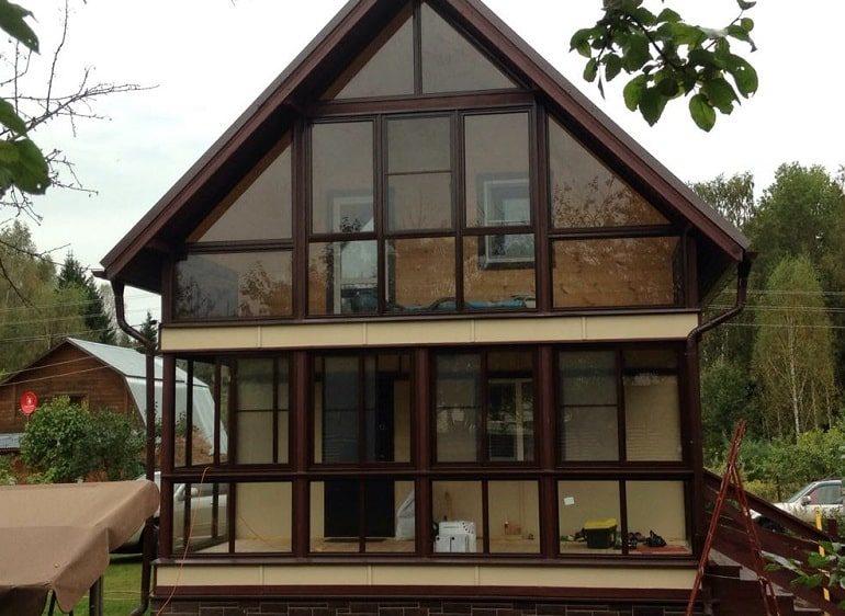 Остекление дома окнами Рехау по ГОСТу