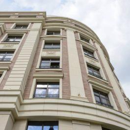 Остекление балконов в новостройке