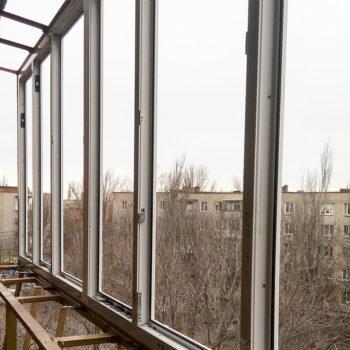 Вынос остекления на балконе