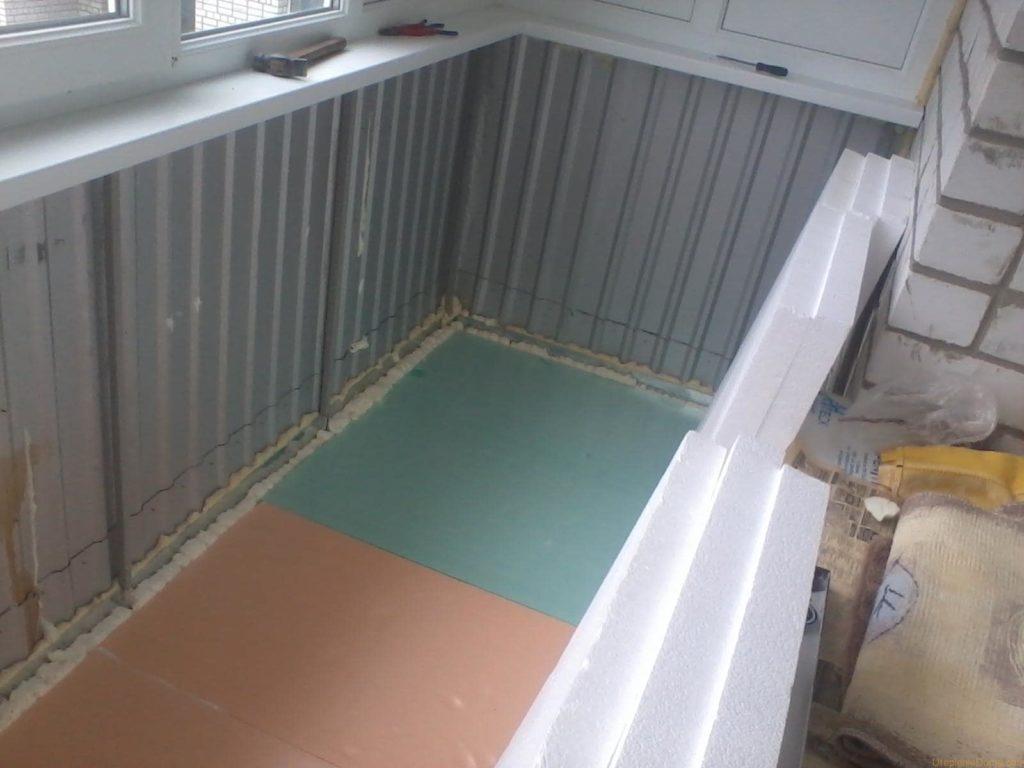 Пример ошибочного утепления балкона