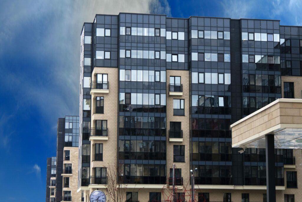 Остекление жилого комплекса «Резиденции Сколково»
