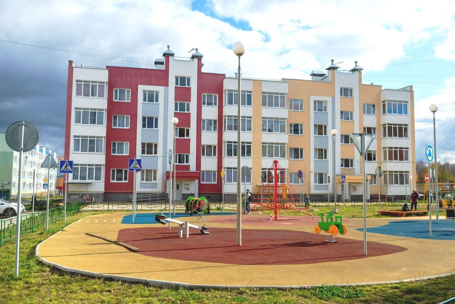 Остекление жилого комплекса «Нахабино Ясное»