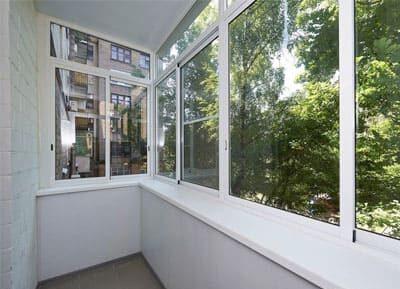 Окна из алюминия на балкон